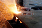 Adopting CNC plasma cutting system from HYPERTHERM in American to cut parts precisely.